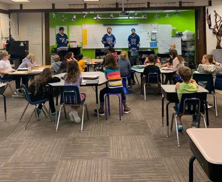 Bobcat Hockey spends time with local 5th-grade classes ahead of weekend game